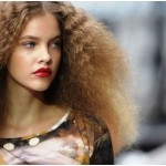 4 Reasons Why Frizzy Hair Is a Lifestyle Challenge (and How to Handle Them)