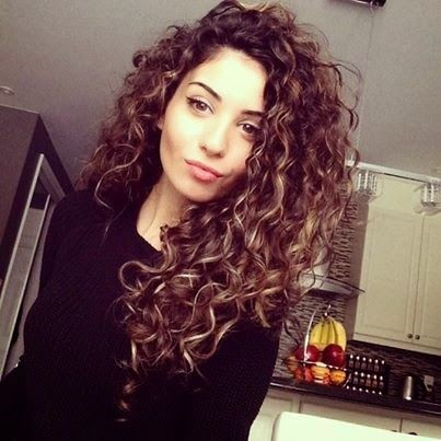 Styles For Long Curly Thick Hair Hair Care And Styling Tips For Damaged Frizzy Hair
